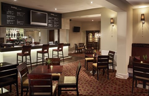 Thistle Exeter The Rougemont - The Rougemont  Drakes Bar Lounge