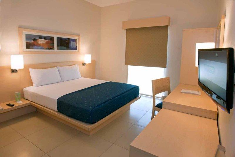 City Express Nuevo Laredo Vista de la habitación