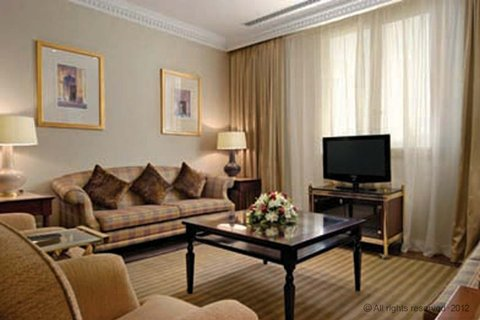 فندق ميلينيوم الدوحة - Dilomatic Suite Salon