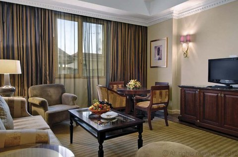 فندق ميلينيوم الدوحة - Executive Suite Salon