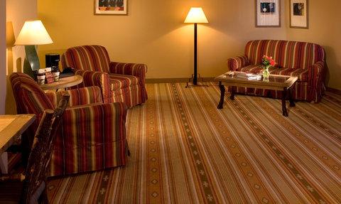 Hotel Albuquerque at Old Town - Junior Suite Living Room