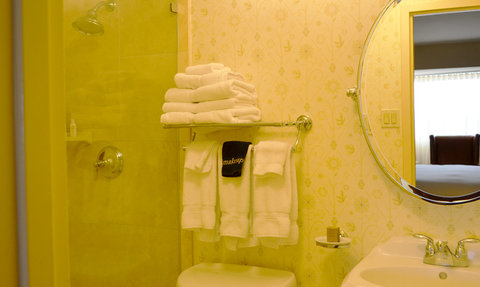 Hotel Albuquerque at Old Town - Guest Bathrooms