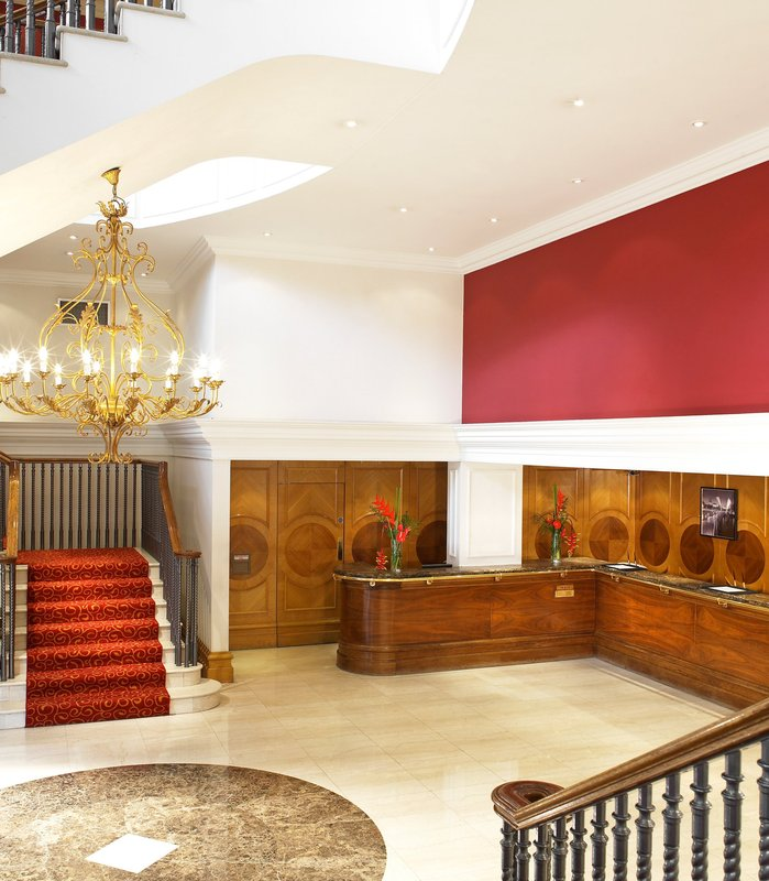 Marriott Bristol City Centre Lobby