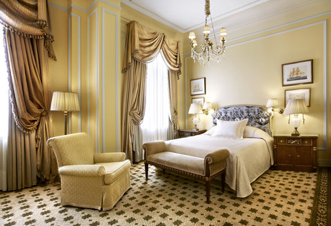 Hotel Grande Bretagne, a Luxury Collection Hotel, Athens - Deluxe Room