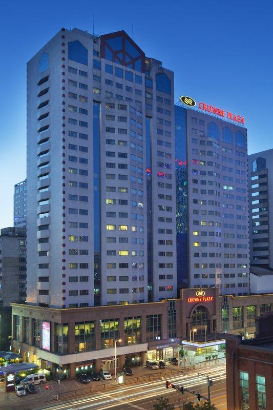 Crowne Plaza Hotel Shenyang Zhongshan Buitenaanzicht
