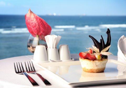 Sea Cliff Hotel - Karambezi Coffee Shop