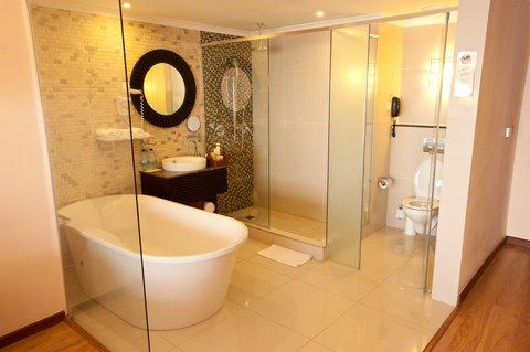 Sea Cliff Hotel - Executive Room Bathroom