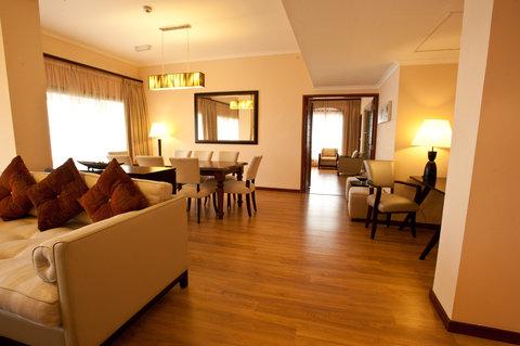 Sea Cliff Hotel - Presidential Suite Living Room