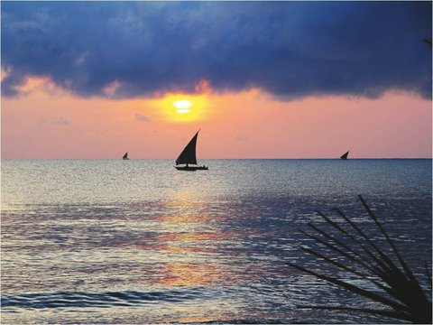 Sea Cliff Hotel - Sunset Dar es Salaam