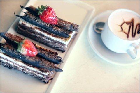 Sea Cliff Hotel - Delicious Homemade Cakes