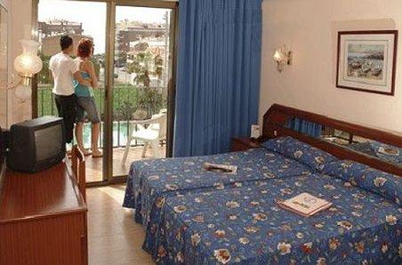 Stella Hotel Pineda De Mar - Exterior