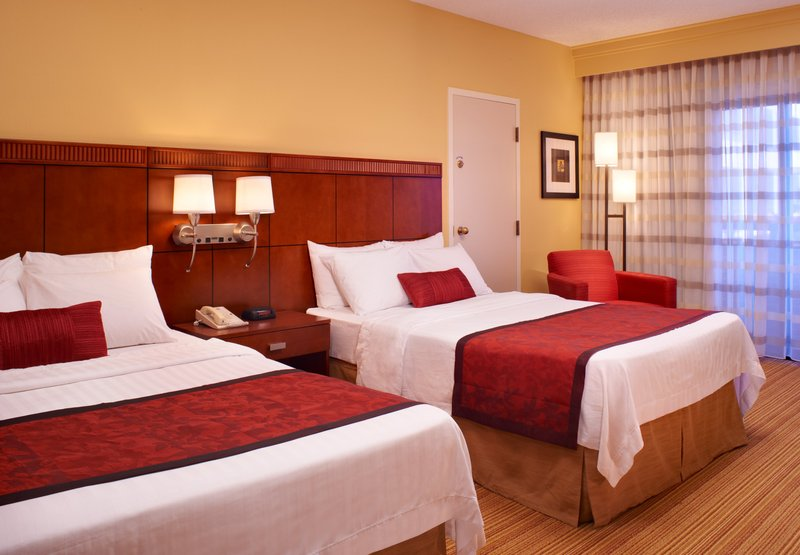Courtyard by Marriott Indianapolis Carmel Pokoj