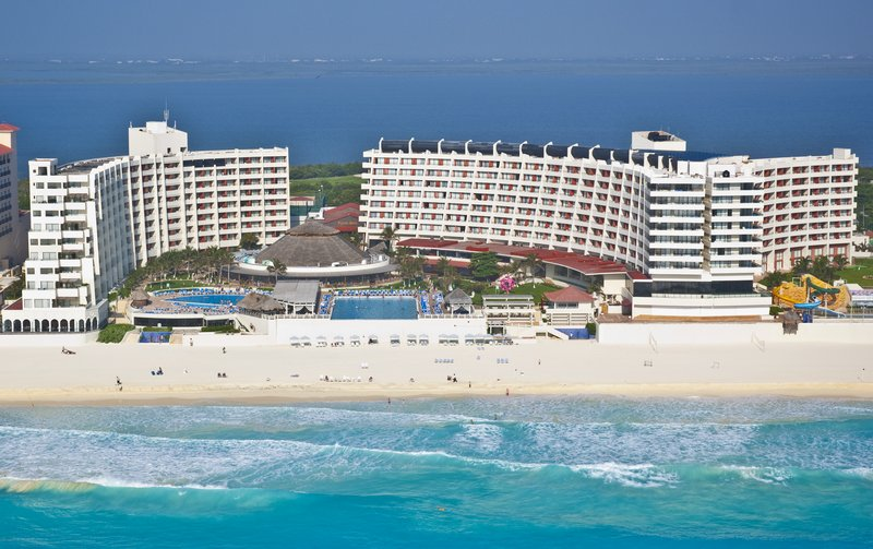 Crown Paradise Club Cancun, Aug 22, 2014 5 Nights