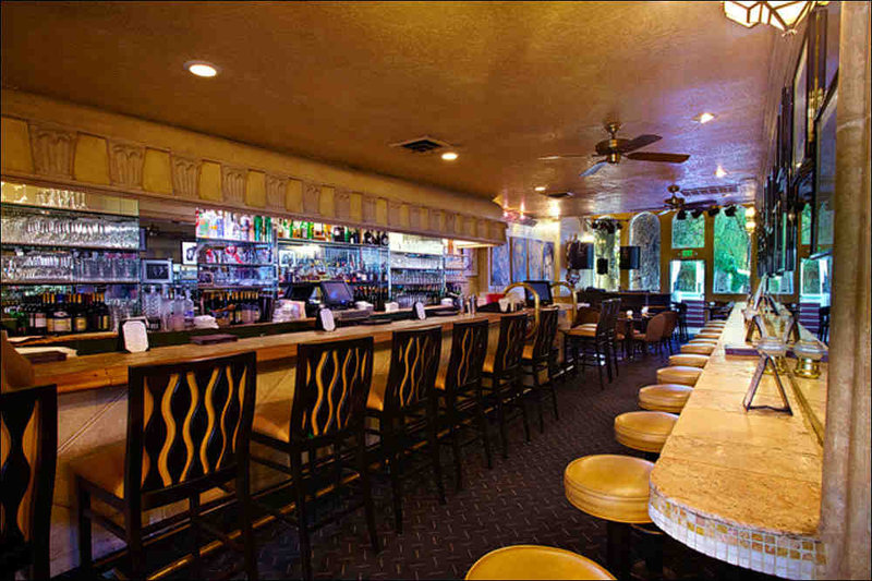 Melvyn's Restaurant & Lounge - Palm Springs, CA