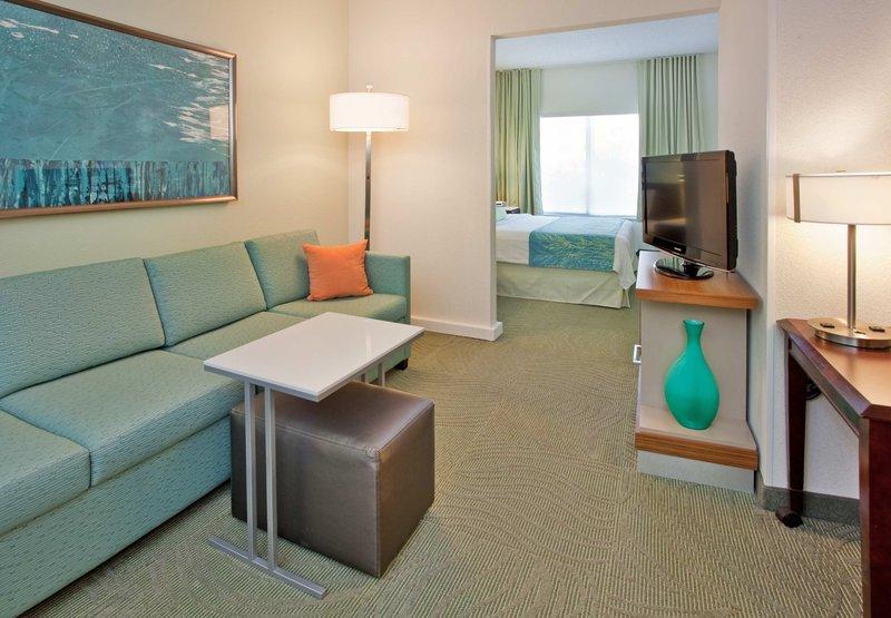 SpringHill Suites by Marriott Austin North Odanın görünümü