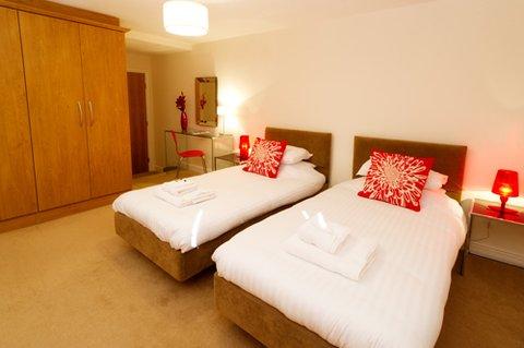 Rasmus Luxury Apartments - Twin Bedroom