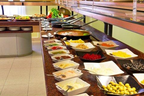 Hotel Traíña - Buffet setup