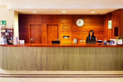 Hotel Traíña - Reception area