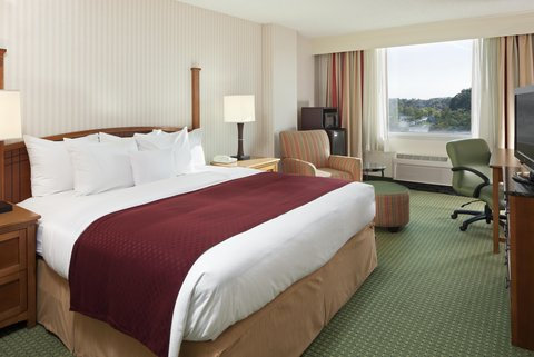 DoubleTree by Hilton Hotel Annapolis - King Corner