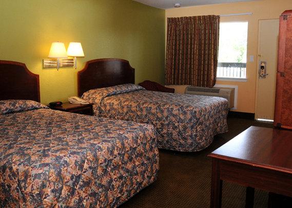 Rodeway Inn - Chesapeake, VA