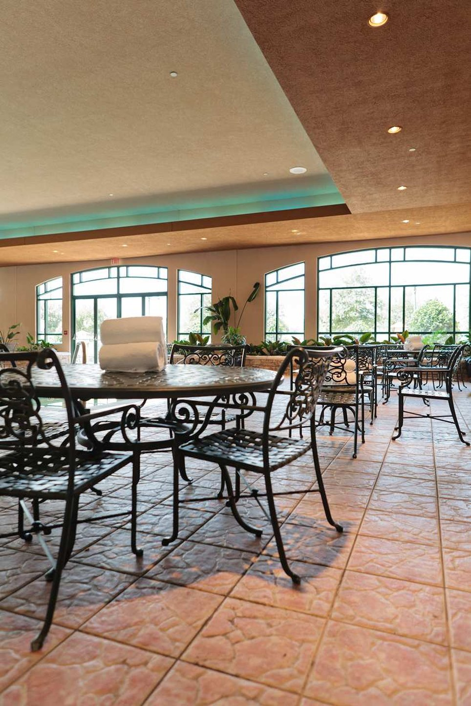 Embassy Suites Dallas  DFW Airport North Outdoor World