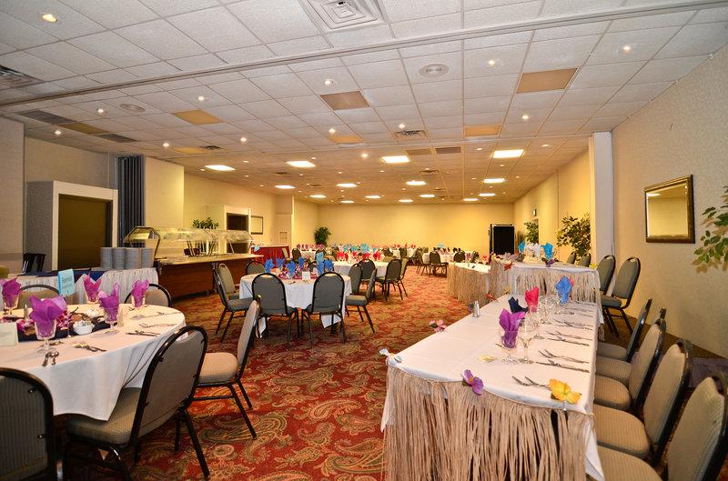 Americas Best Value Inn - Janesville, WI