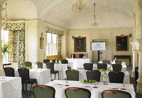 Hanbury Manor Marriott Hotel & Country Club - Zodiac   Classroom Style