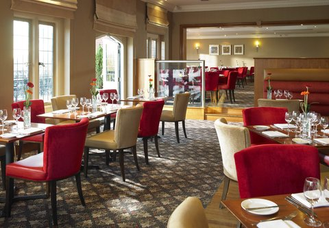 Hanbury Manor Marriott Hotel & Country Club - Oakes Grill