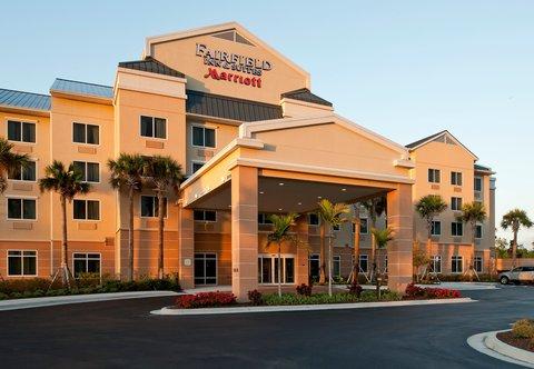 Fairfield Inn & Suites Naples - Exterior