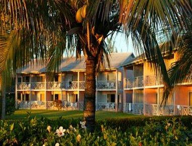 Viva Wyndham Fortuna Beach Hotel - Exterior