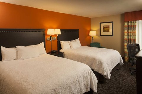 Hampton Inn Asheville-Tunnel Road - Two Queen Beds