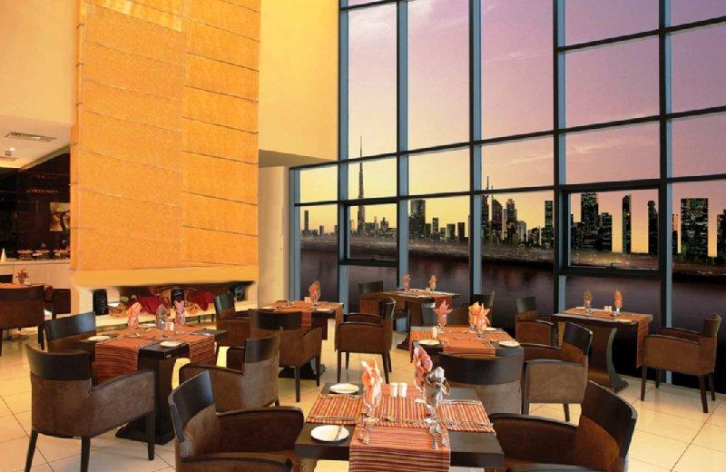 Copthorne Hotel Dubai Restaurang