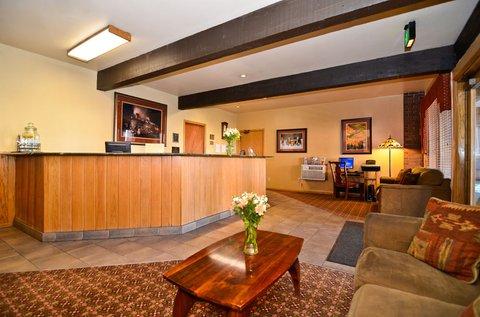 BEST WESTERN PLUS Rio Grande Inn - Hotel Lobby
