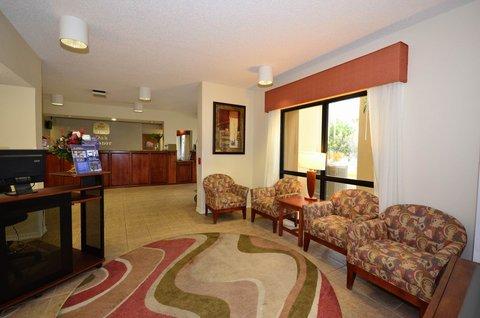Best Western Oak Manor Hotel - Lobby