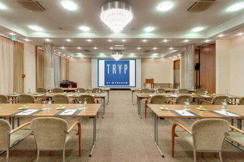 Tryp Hotel Frankfurt - Normal ATRYPFrankfurt Meetings