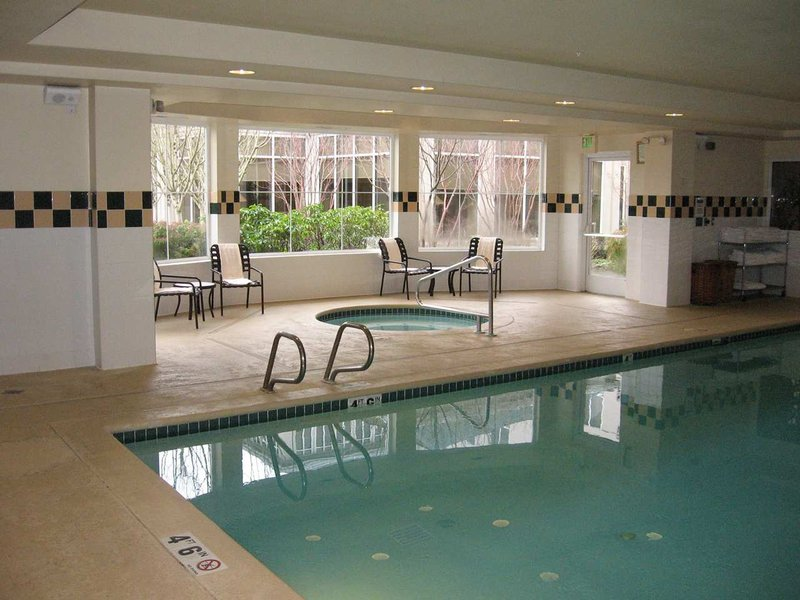 Hilton Garden Inn Seattle/Renton Piscine