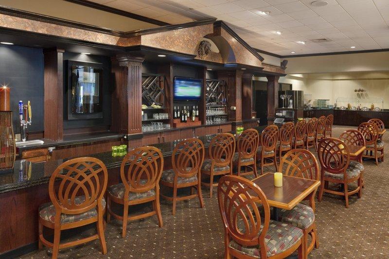 Doubletree Guest Suites Dayton/Miamisburg Gastronomie