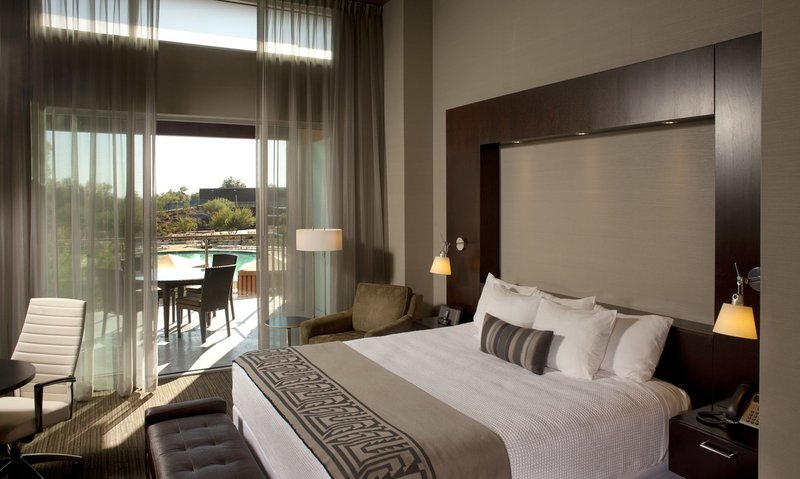 Hotels Near Talking Stick Resort