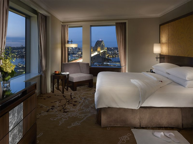 Shangri La Hotel Sydney Suite