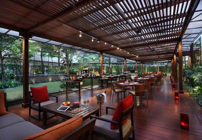 Sukhumvit Park, Bangkok - Marriott Executive Apartments Bar/Lounge