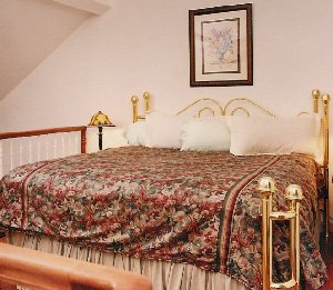 HideAway Country Inn - Bucyrus, OH