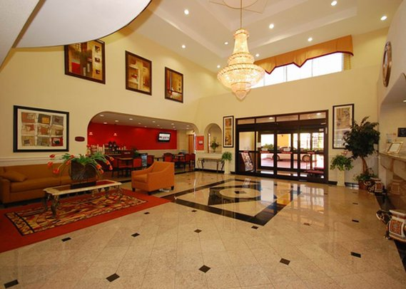 Comfort Suites Westchase  Lobby