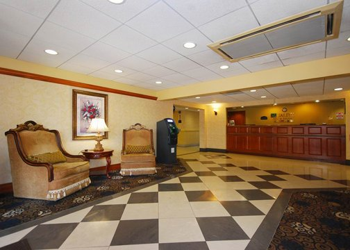 Quality Inn &amp; Suites Bensalem