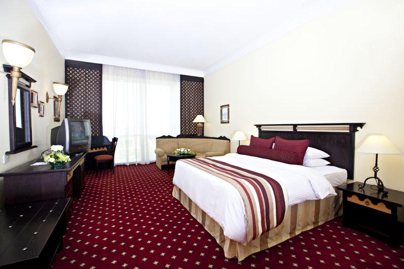 Millennium Dubai Airport Hotel Huonenäkymä