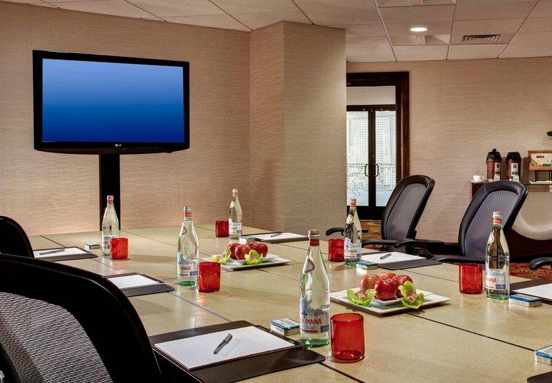 Marriott Dallas Addison Quorum Galleria Sala convegni