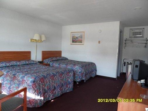 Pinebrook Motel - Lake George, NY