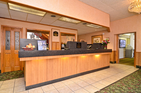 BEST WESTERN PLUS Longbranch Hotel & Convention Center - Hotel Front Desk