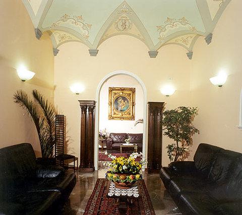 Hotel City - Lounge2