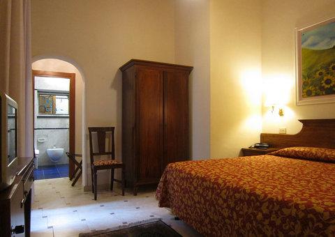 Hotel City - Room