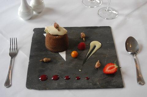 Duxford Lodge Hotel - Rest food